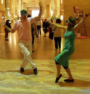 Animation théâtrale pour l'inauguration au Carrousel du Louvre