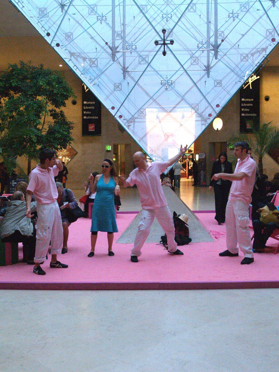 Happening pour un événement au Carrousel du Louvre