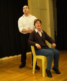 Cours de théâtre impro, aux Ateliers de l'Impro à Paris IDF
