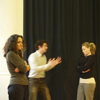 Stage théâtre impro longue durée à Paris